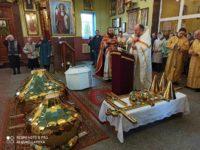 8 ноября 2019 года в Свято-Крестовоздвиженской церкви г. Ляховичи о. Георгий освятил золоченые купола и кресты